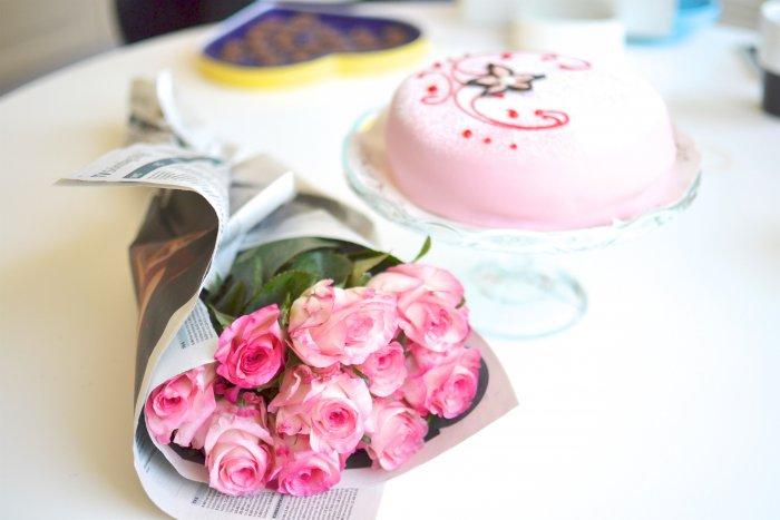 Rosor, rosa, tårta, frufibro, fibromyalgi