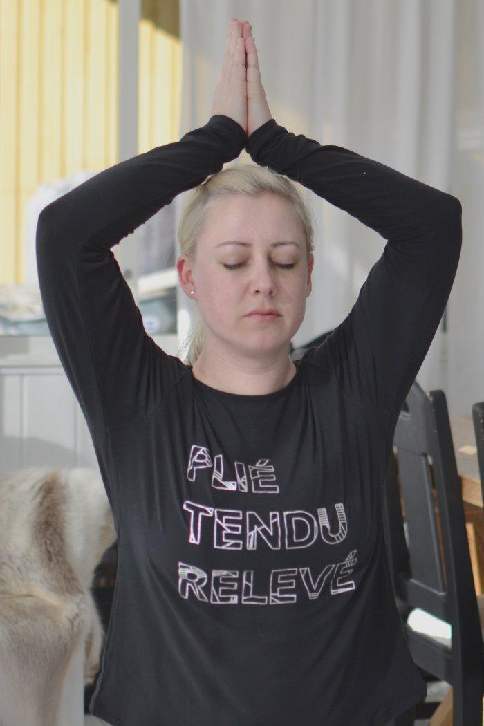För ett år sedan trodde jag att jag aldrig skulle köpa träningskläder igen och idag sitter jag här i med nya yogakläder från HM och har hittat mitt liv igen
